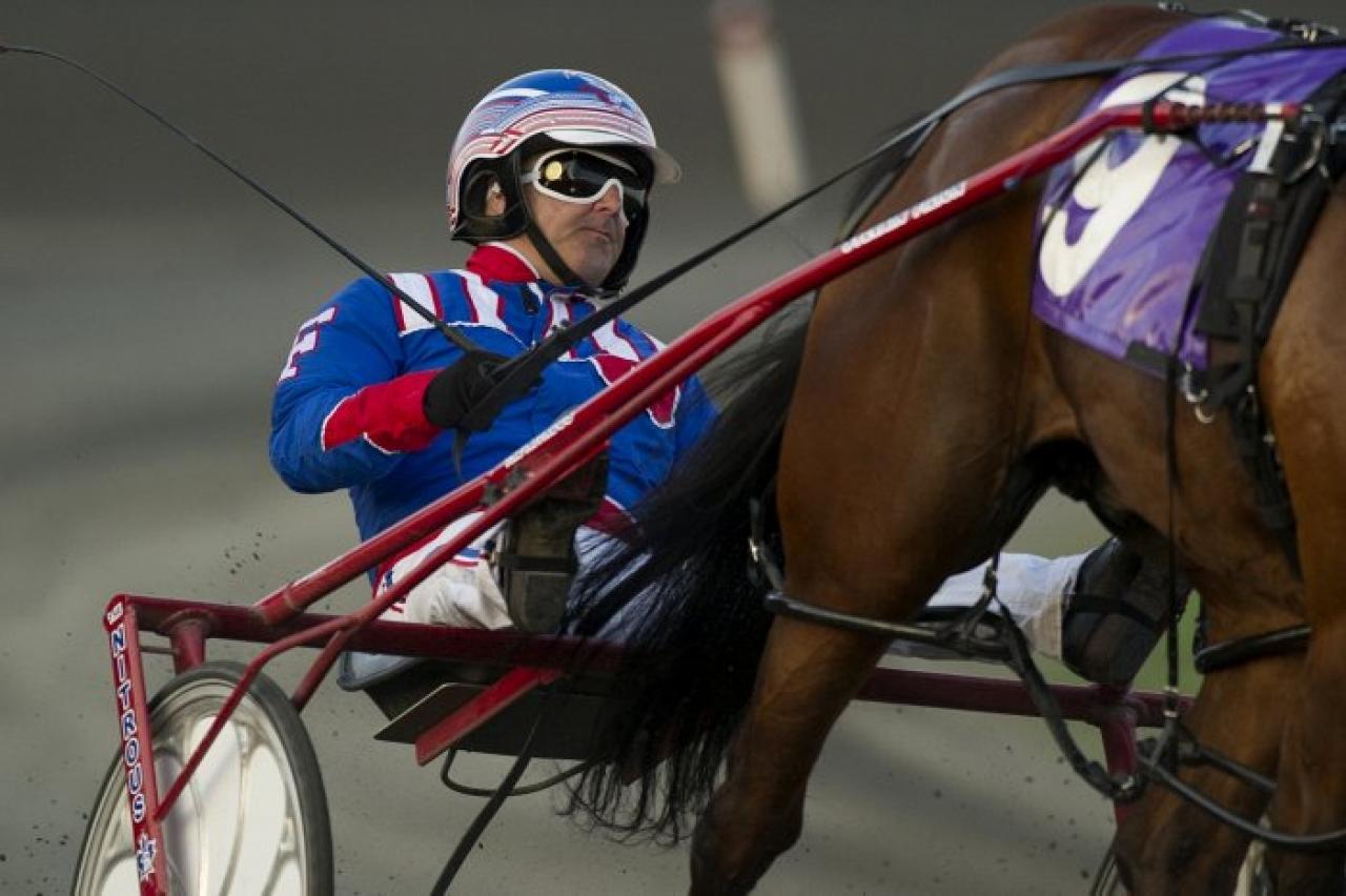 Sylvain Filion vann två av försöken i Ontario Sire Stakes Gold i natt. Foto New Image Media