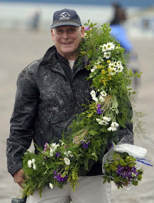 Bo E Nilsson med segerkrans, Travsport, Sulkysport