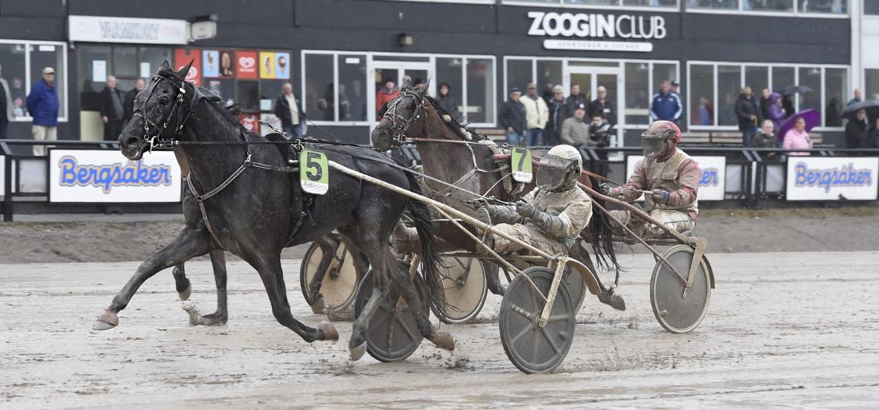 Sorbet och Örjan Kihlström segrade i Assar Engbloms lopp. Foto Christer Norin/ALN