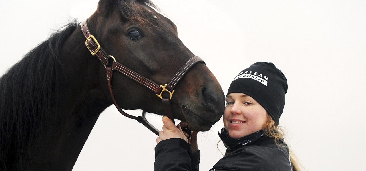 Anna Hagman och Deimos Racing. Foto Adam Ström/Stalltz.se