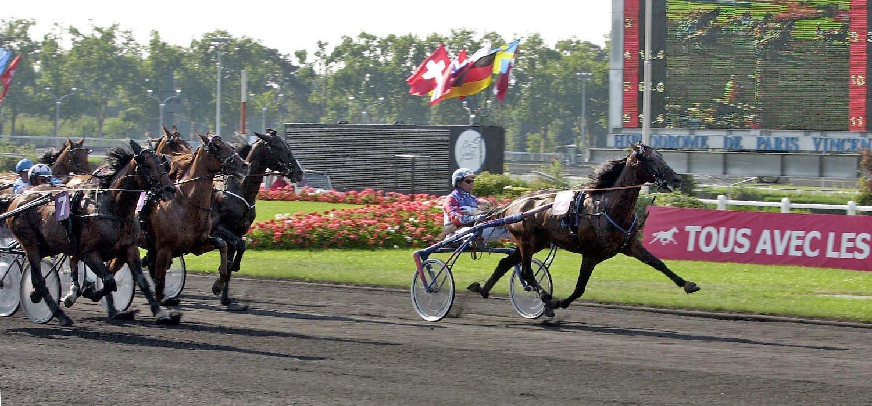 Jorma Kontio körde ett världsrekordlopp med Varenne på Vincennes 24 augusti 2002. Foto Gerard Forni