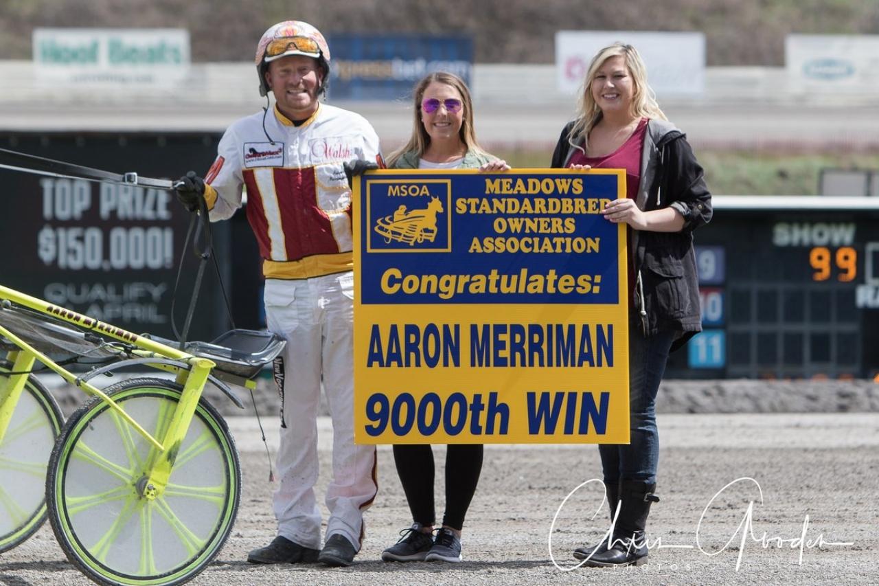Aaron Merriman gratuleras till seger 9.000 vid ett tidigare tillfälle. I natt tog han sin 1.000:e vinst under ett och samma år. Foto Chris Gooden