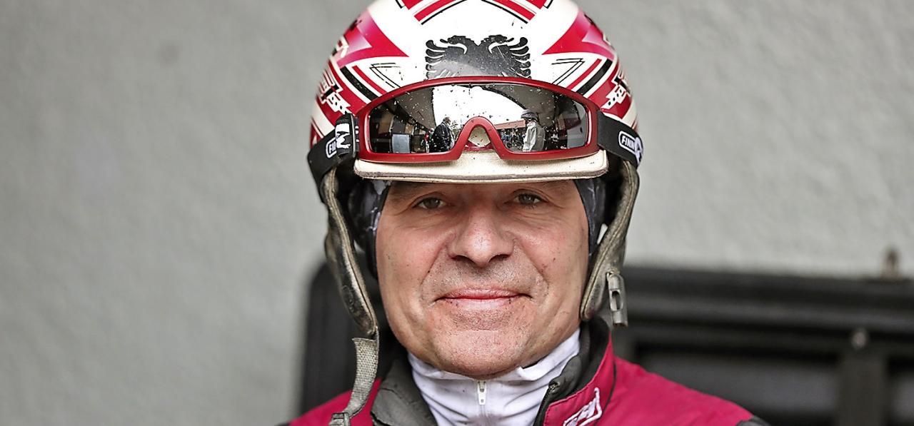 Lutfi Kolgjini valde Elitloppet för rajesh Face istället för silverdivisonens final. Foto: Mia Törnberg, Sulkysport