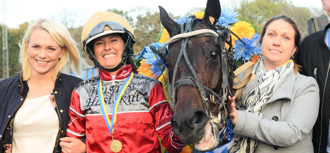 Sofia Adolfsson vann SM i monté med Candor Hall på Åby. Kommer duon även att dyka upp i det nyinstiftade montéloppet Åby Nordic Monté Trophy på Åby? Foto Malin Albinsson/Kanal 75