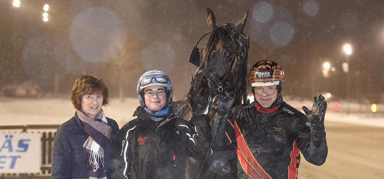 Milliondollarrhyme och Fredrik B Larsson från en tidigare seger. Foto Christer Norin/ALN