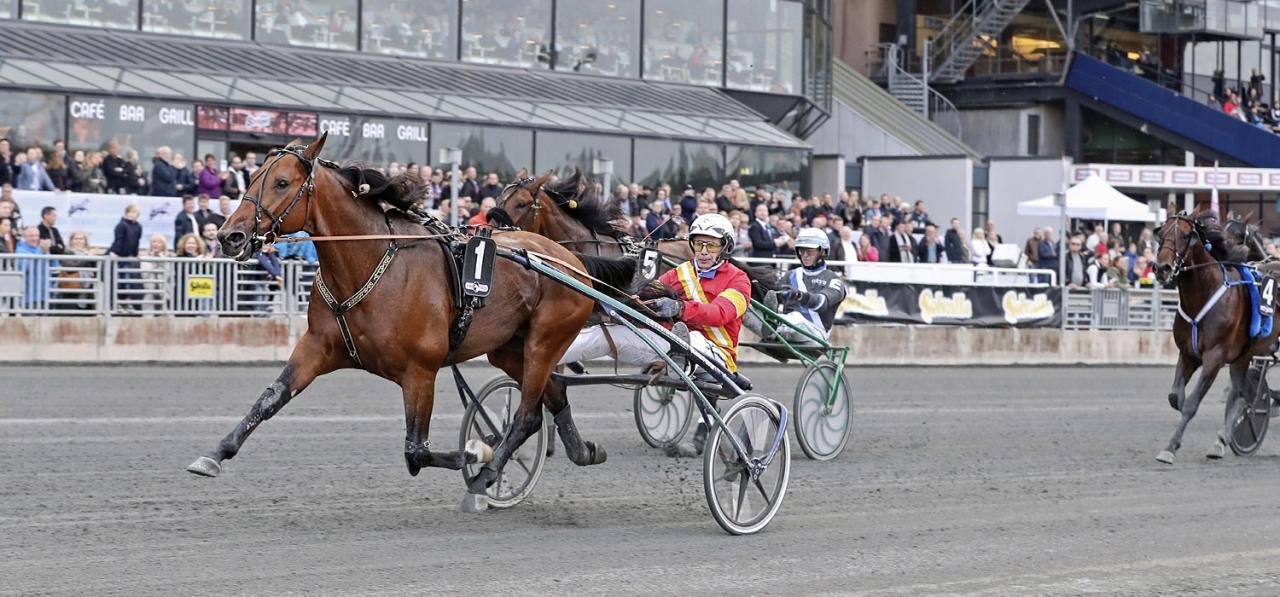 Readly Express och Jorma Kontio. Foto Mia Törnberg