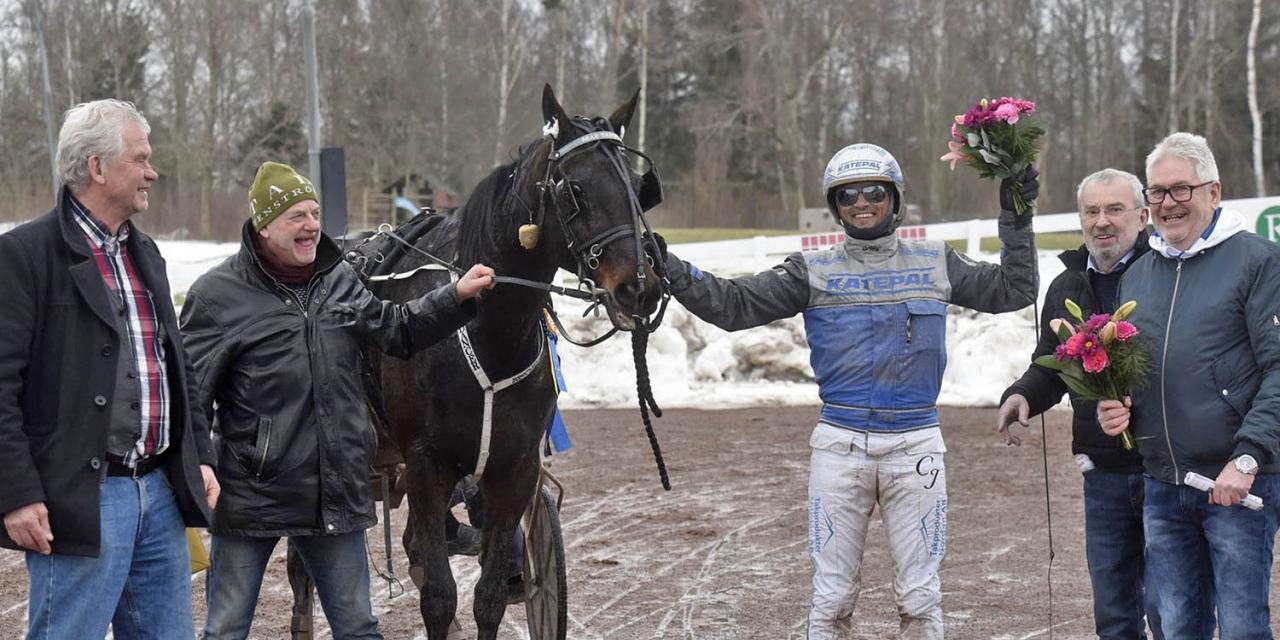 Bear Dancer vann Mantorps gulddivision. Foto Magnus Strömsten/ALN