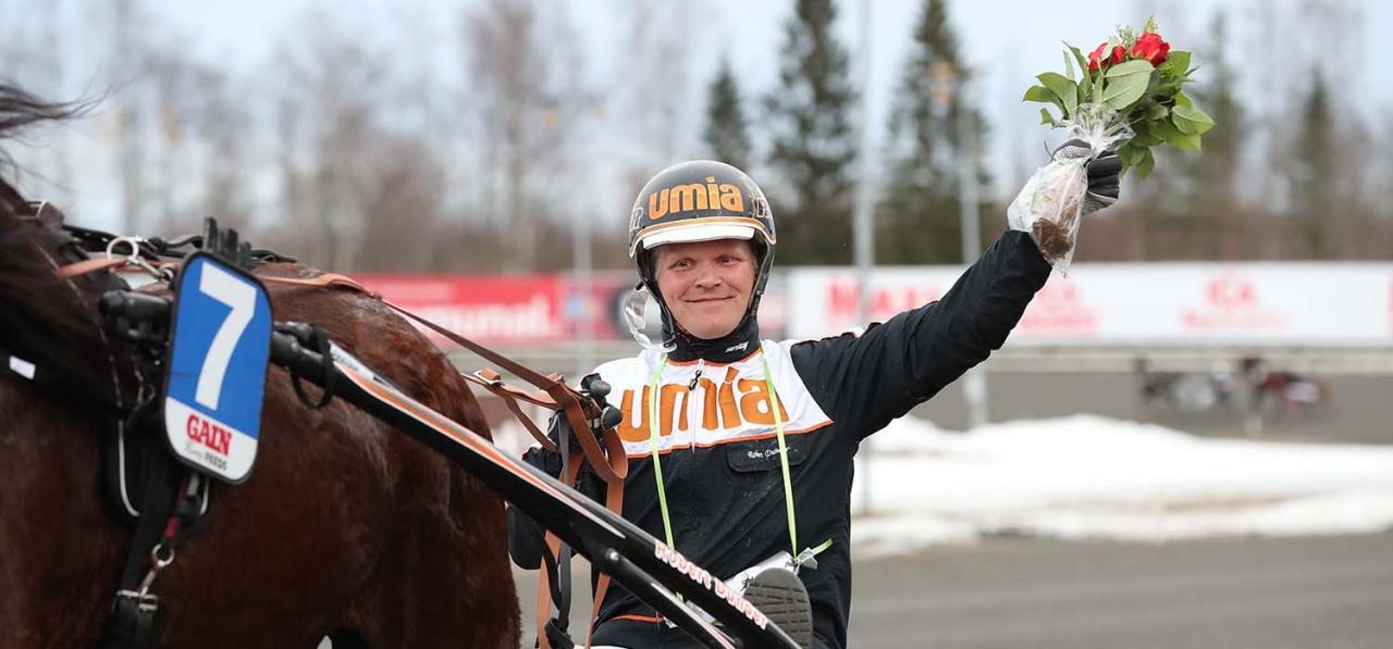 Robert Dunder står över V75 i Boden och åker till Eskilstuna. Foto Jeannie Karlsson/Sulkysport