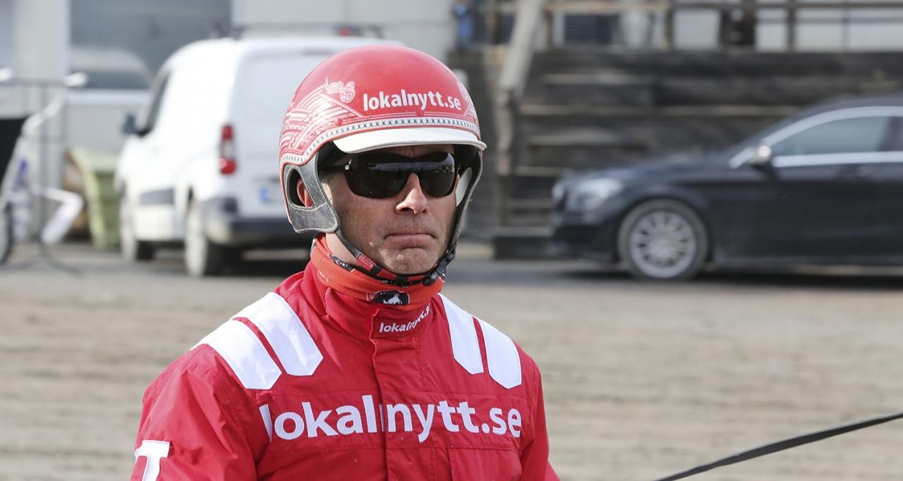 Peter Untersteiner vann tre V86-lopp när Åmål körde sin årliga sommaronsdag. Foto: Jeannie Karlsson/Sulkysport