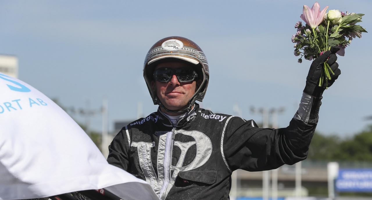 Världsmästarkusken Rick Ebbinge har två chans på V75. Foto Jeannie Karlsson/Sulkysport