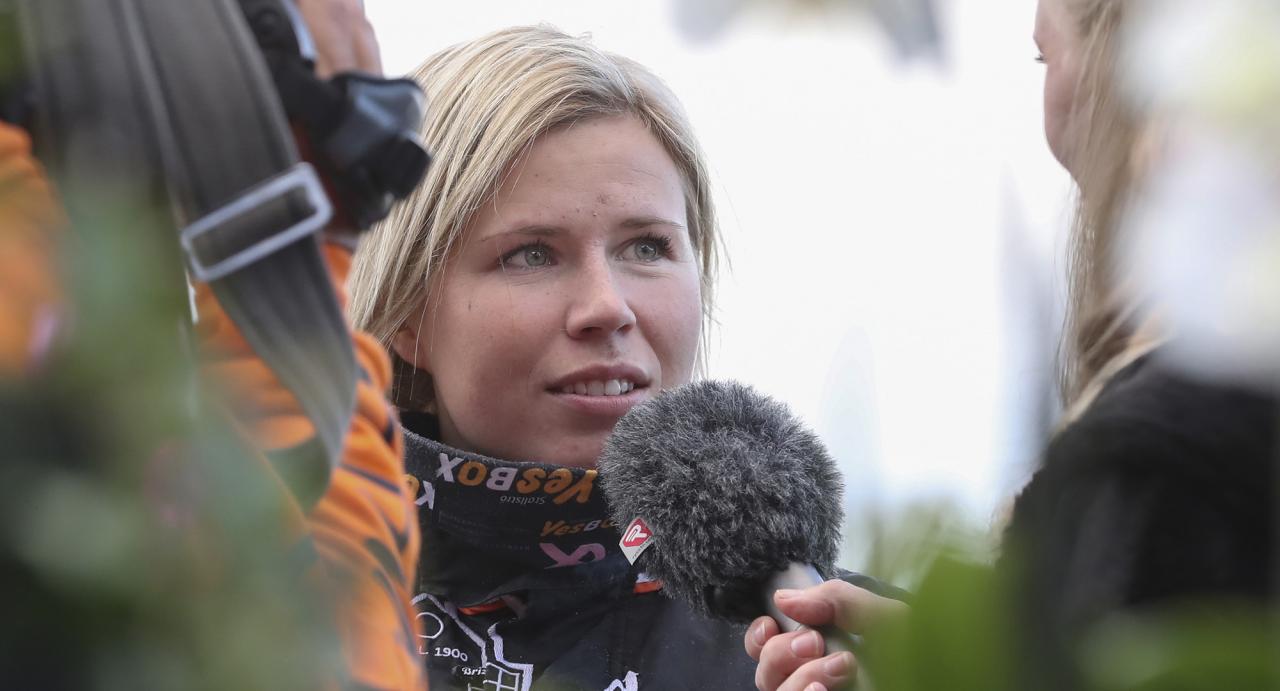 Emilia Leo kör bland annat Charlua Forlan i Sweden Cup. Vad tycker hästens tränare Hans-Owe Sundberg om uppgiften? Foto Jeannie Karlsson/Sulkysport