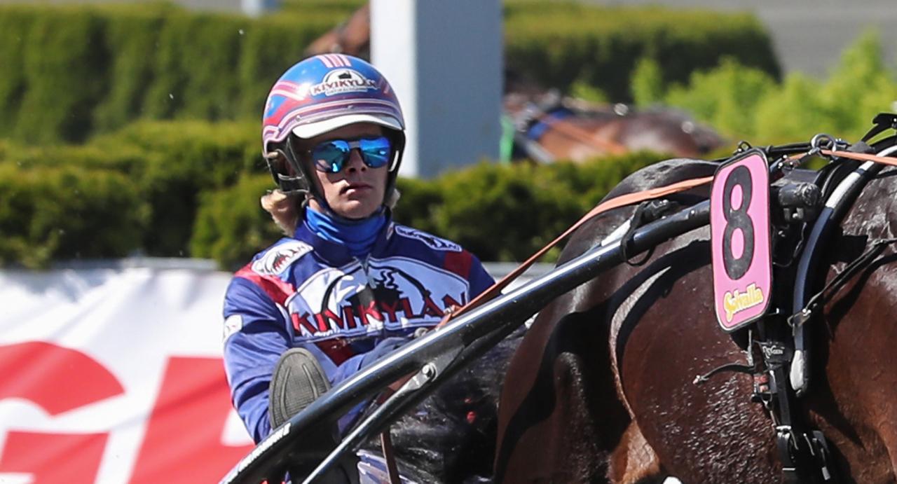 Olli Koivunen har vunnit framför Elitloppspubliken två gånger tidigare. Foto Jeannie Karlsson/Sulkysport