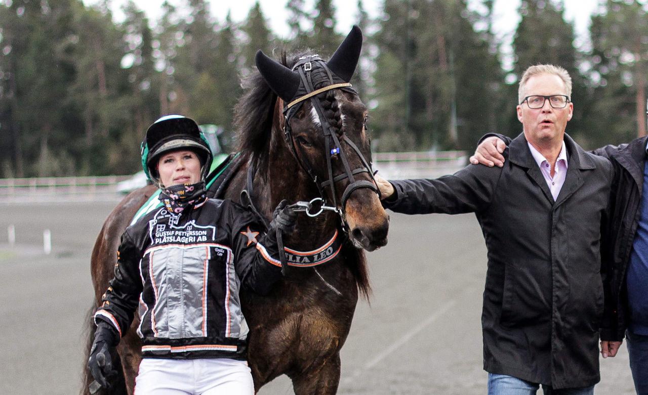 Emilia Leo, Wilda Fille och Leif Lindholm. Foto Tom Jönehag/ALN