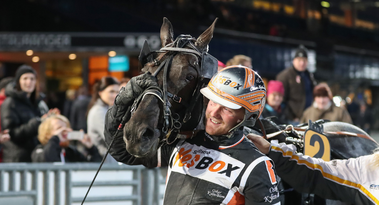 Antonio Tabac och Oskar Kylin Blom. Foto Jeannie Karlsson/Sulkysport