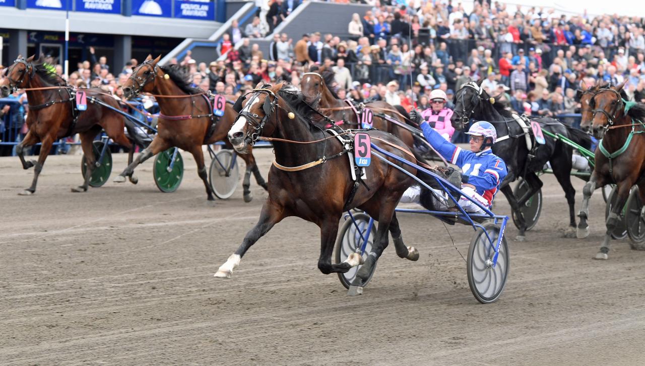 Racing Mange var heroisk i Kymi Grand Prix. Foto: Gerard Forni