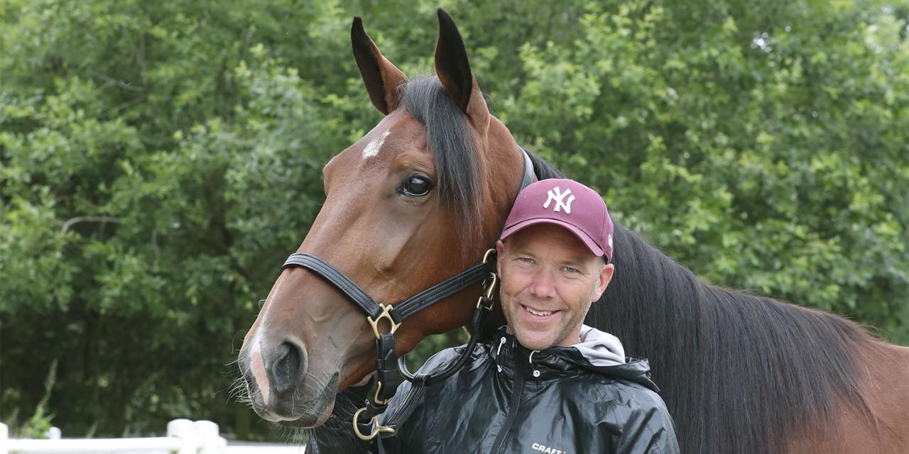 Stefan Persson med Darling Mearas. Nu väntar nya utmaningar för de både - på varsitt nytt ställe. Foto Mia Törnberg/Sulkysport