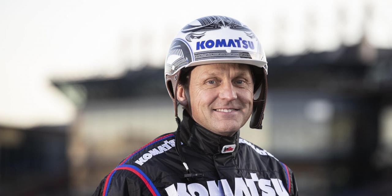 Ulf Ohlsson räknade in sitt fjärde raka allsvenska kuskchampionat. Foto Mia Törnberg